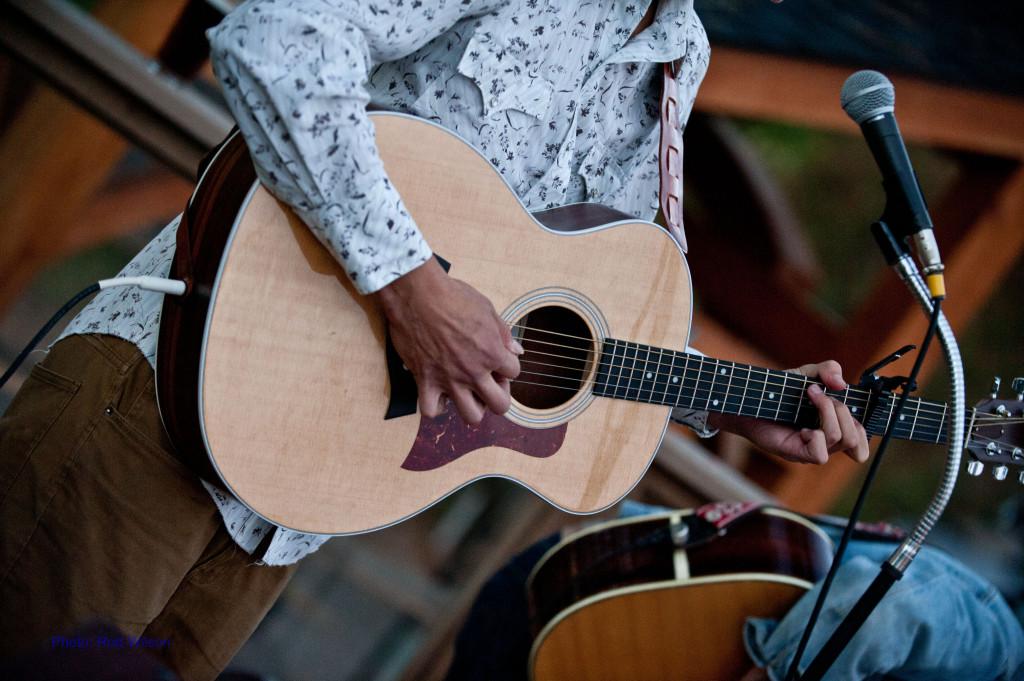 Clayton + guitar
