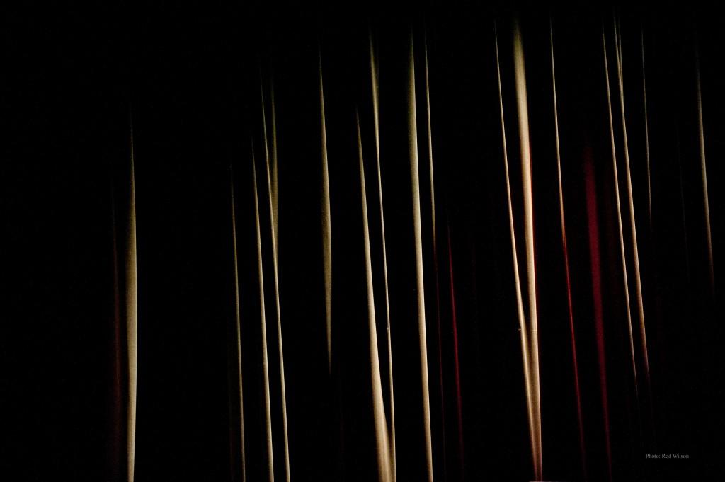 024. Curtain