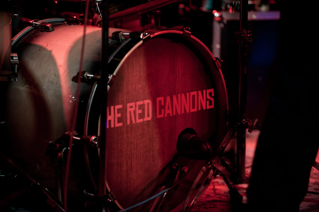 090. The Red Cannons
